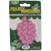 Fruit mineral snack for small animals